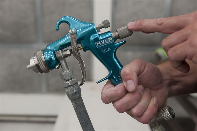 How To Use A Central Pneumatic Paint Spray Gun